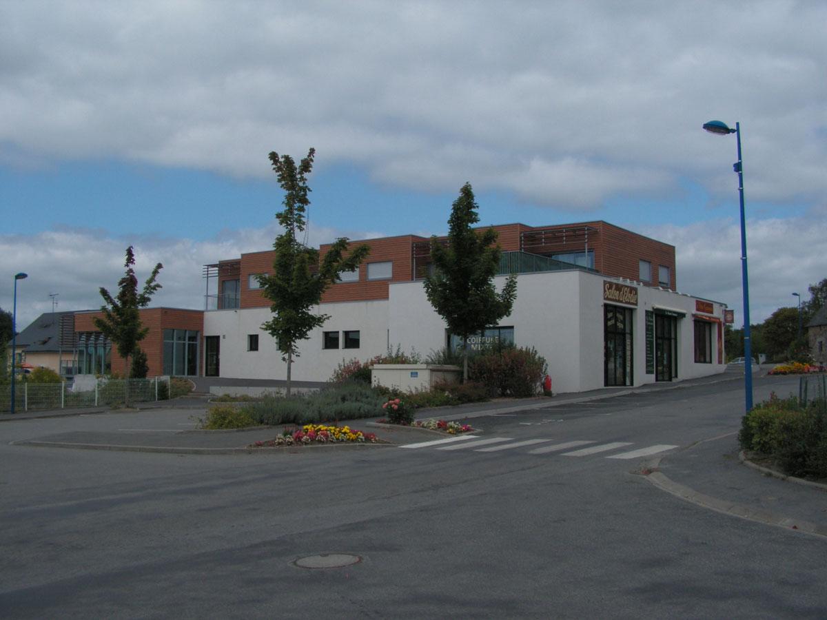 construction-trois-commerces-saint-germain-le-fouilloux-2