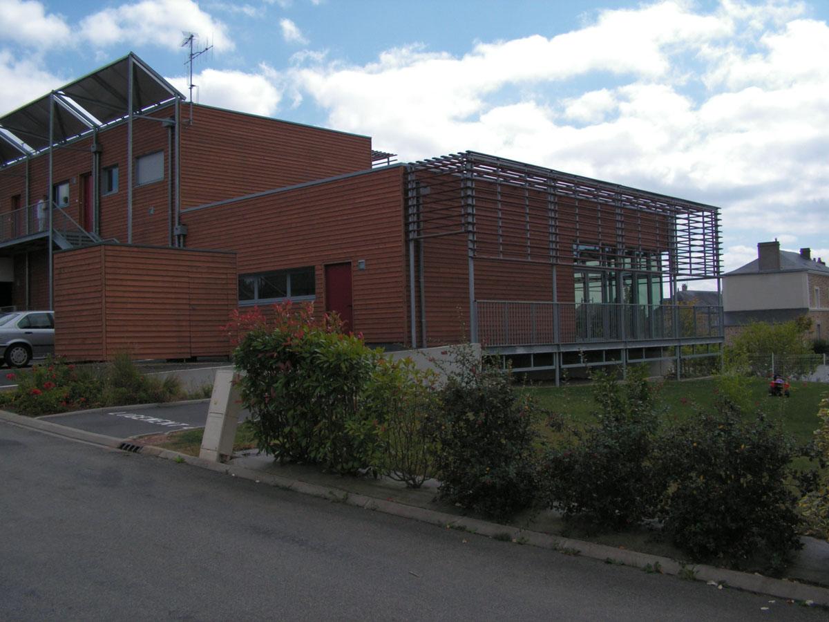 construction-trois-commerces-saint-germain-le-fouilloux-3