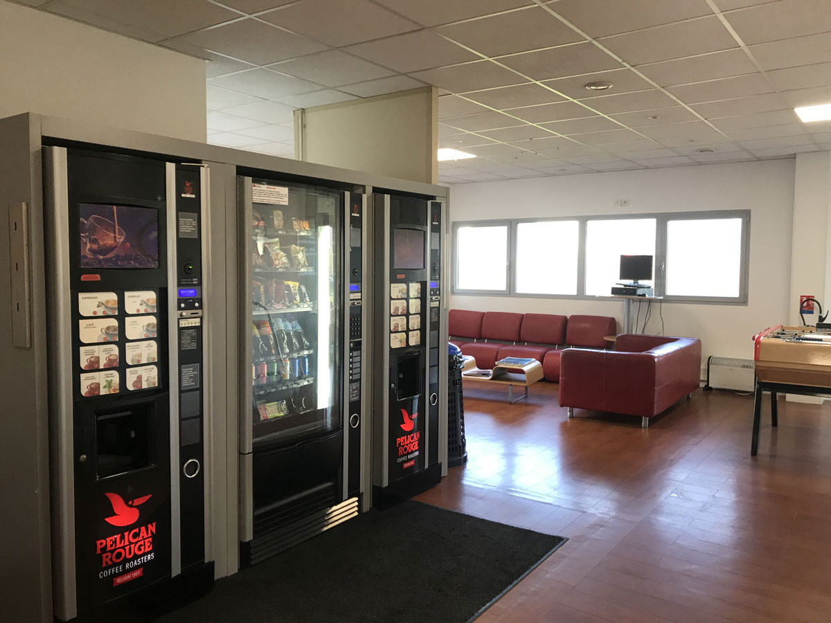 rehabilitation-centre-commercial-centre-appel-laval-8